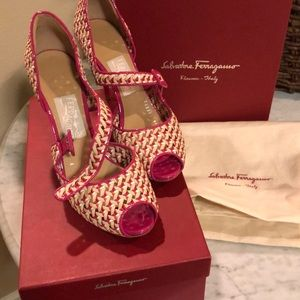 Salvatore Ferragamo Philippe heels Final price!